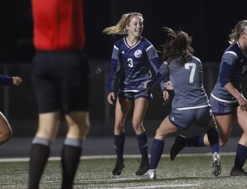 Daily Pilot: Newport Harbor girls' soccer edges Laguna Beach in Wave League opener